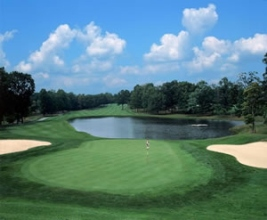 retire on a golf course in Tennessee